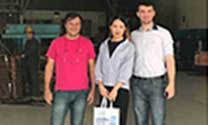 Foreign Customers Visit LP Factory